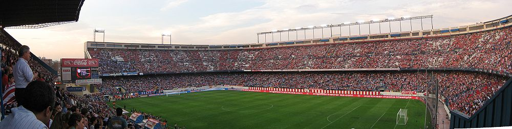 1000px-estadio_vicente_calderon_en_el_atletico_de_madrid-schalke_04_2008